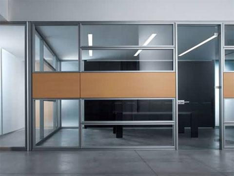 Conalmat s l fabricaci n e instalaci n de mamparas de for Divisiones oficinas modernas